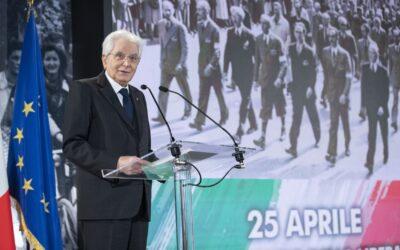"""Mattarella: """"La memoria della Resistenza, cemento della nostra comunità"""""""